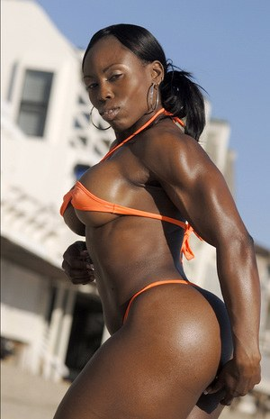 Female Bodybuilder Pics